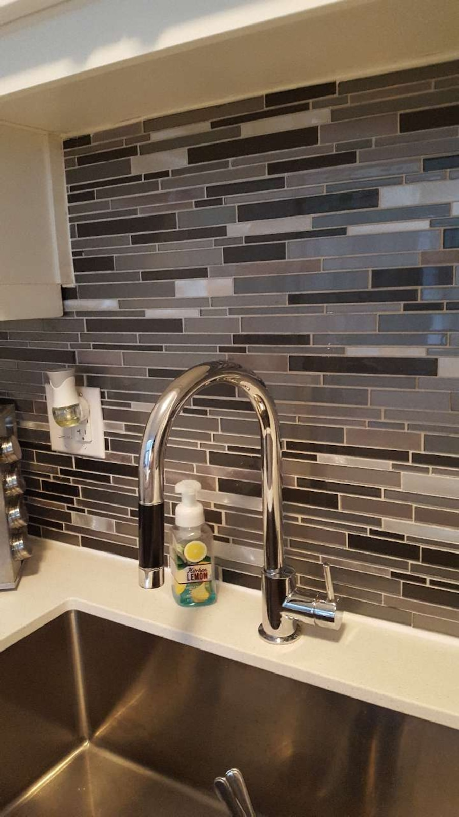 Grey and stainless glass tiles - Vaughan