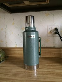 Older   Reliable   Thermos Lake Villa, 60046