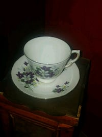 Royal Vale Bone China Teacup and Saucer Calgary, T2Y 2W5