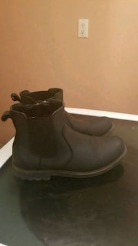 Blond black Chelsea boot size 10 Toronto, M3N 1G1