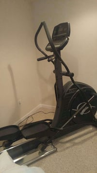 black NordickTrack elliptical trainer Martinsburg, 25405