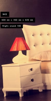 Night stand table / table de chevet Brossard, J4Y 0K9