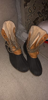 winter boots size 11 Charlotte, 28209