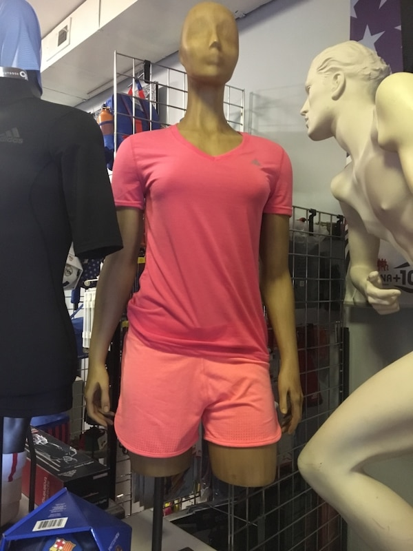 Mannequin full or half body USA made start at $75 f556ab20-6789-4f86-8254-58332ad726ef