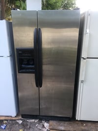 stainless steel side by side refrigerator with dispenser West Palm Beach, 33407
