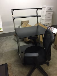 Desk and chair Kitchener, N2P 1V6