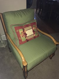 Beautiful Chair $75 Littleton, 80128