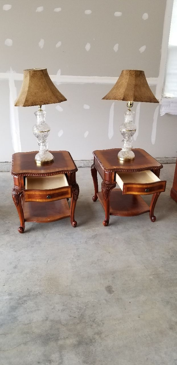 used two brown wooden side tables for sale in bowie letgo rh gb letgo com