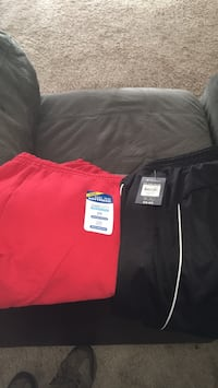 Red sweatpants and black pants men's 2xl brand new Frederick, 21701