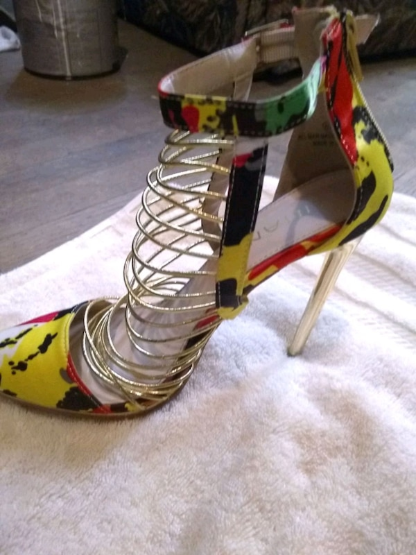 249d6cd3ef83 Used gold-colored open-toe ankle strap stiletto for sale in Gonzales ...