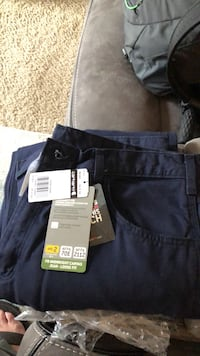 brand new never worn carhartt midweight canvas loose fit pants Midvale, 84047