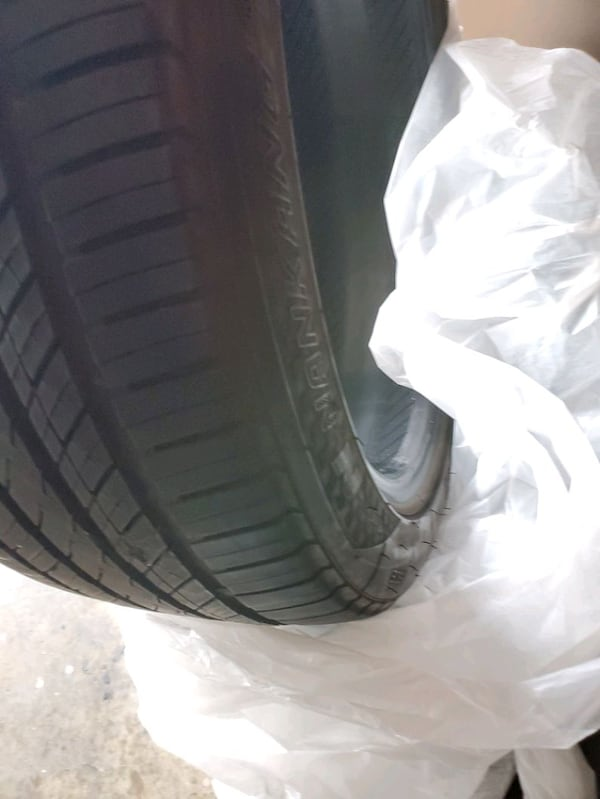 All season tires set  (Phone number hidden by letgo) % good 613aec98-ad8f-4b20-a57b-5a50909bc168