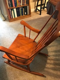 Cherry Rocker Very Sturdy and Excellent Condition Clifton, 20124