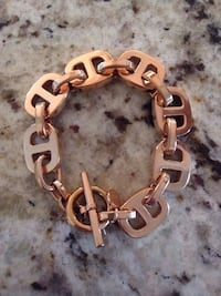 Authentic NEW Michael Kors Maritime Oval Link Chain Bracelet.