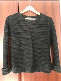 Banana republic knit sweater M Ottawa, K1J 8J1