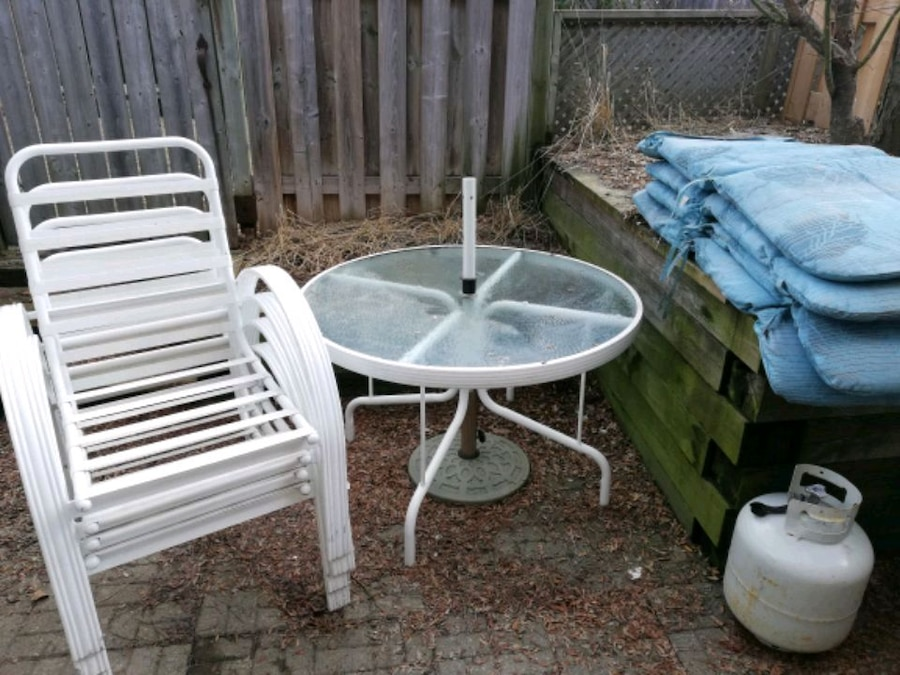 used patio dining table and chair set for sale in burlington letgo rh gb letgo com