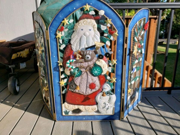 Used Christmas fireplace screen for sale in Vancouver - letgo
