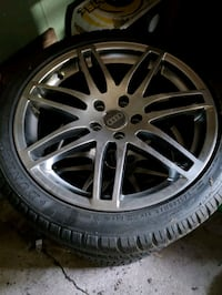 Audi RS4 Wheels and tires Des Moines, 50315