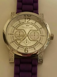 round silver-colored chronograph watch with purple strap Havre de Grace, 21078