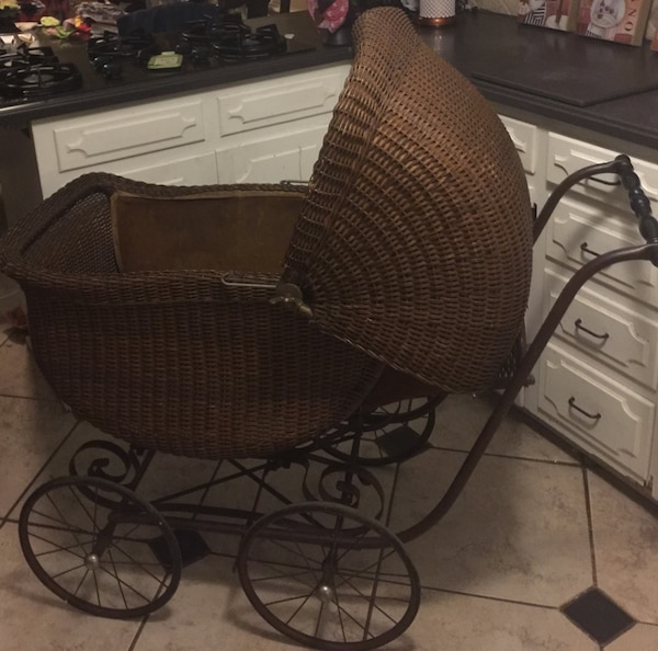 Antique 1920 S Heywood Wakefield Wicker Baby Stroller Carriage Beautiful Perfect