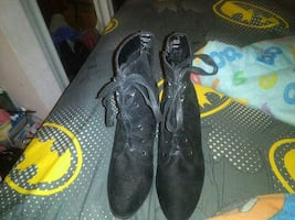 lace up boots 9½