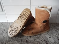 *Never Worn* Street Wear Society Ladies 8 Boots $10 PU Morinville Morinville