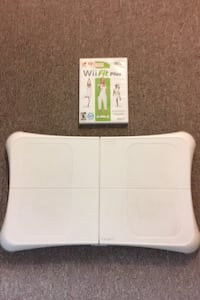 Wii Fit..like new!! Whitby, L1M 1C8