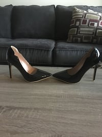 Women's high heels shoes  Winnipeg, R3R 3B1