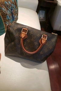 Louis Vuitton speedy 25 monogram  Markham