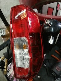 2016 nissan fronteir passenger tail light Charlotte, 28227