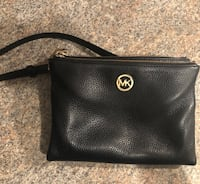 Michael Kors AUTHENTIC Crossbody Purse Vaughan