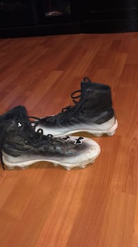 Under armour cleats size: 8.5