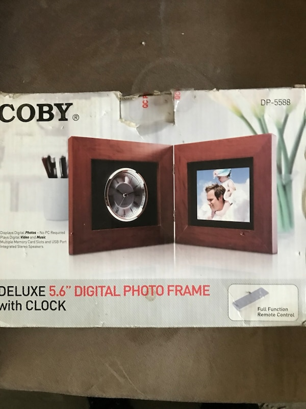 Used Coby digital photo frame with click for sale in Ajax - letgo