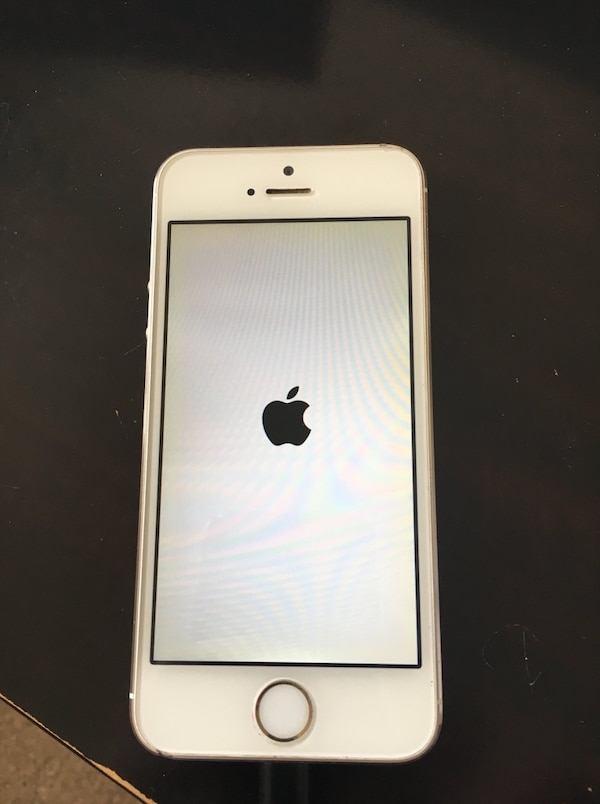 iPhone 5s gold 0