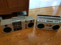 Two Vintage Stereos Toronto, M1S 1A6