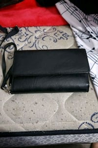 Black Wallet Elkhart, 46514