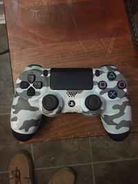 Ps4 controller for trade for xbox one controller  Woodstock, N4S 3T4