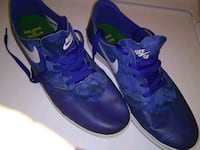 pair of blue Nike basketball shoes Lawndale, 90260