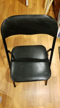 Black Folding chair Pickering, L1Y 1E3