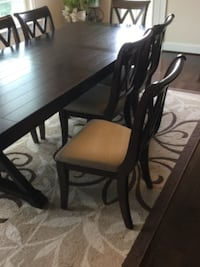Brand New Dining Room Table With 8 Chairs GERMANTOWN