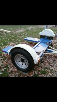 tow dolly like new