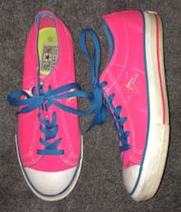 Converse Sneakers (Women's Size 7.5) Oil City, 16301