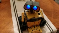 "Disney Pixar Thinkway Interactive Wall-E 10"" RC Robot with Remote"