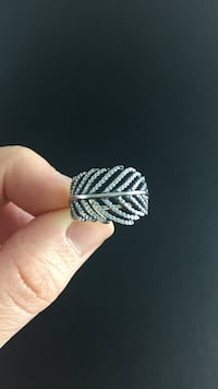 Pandora Feather ring size 6 Austin, 78748
