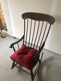 Antique early 1900s Rocking chair Fenton, 48430