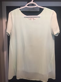 white and teal chiffon scoop-neck blouse Whitby, L1N 2J2