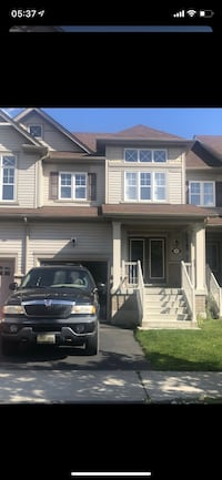 Whitby Shores Townhome For rent 3BR 2.5BA Whitby