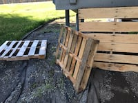 Free pallets  Anchorage, 99515
