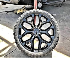 22 24 INCH CHEVY SNOWFLAKE OE WHEELS WRAPPED IN OFF ROAD MUD TIRES FITS 6 LUG TRUCKS