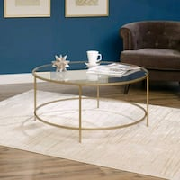 Round side table  Moreno Valley, 92553